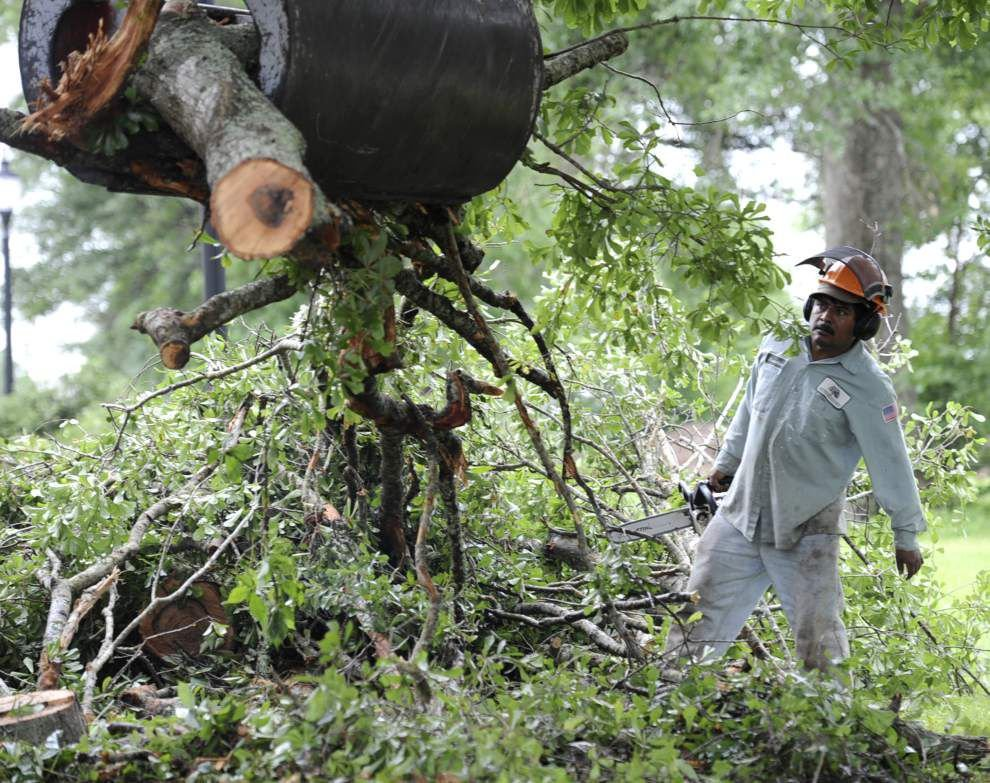 Power restored to most Acadiana residents who lost it during Monday's violent thunderstorm, utility officials report _lowres