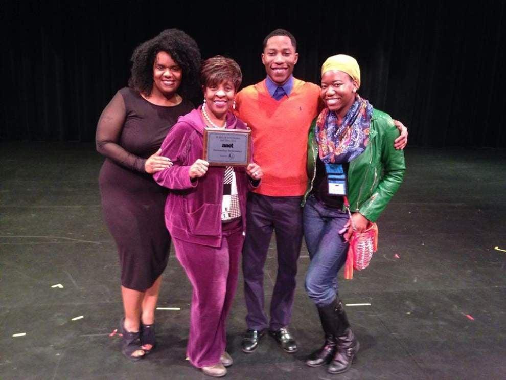UpStage Theatre reprises 'Indigo Blues' for fundraiser _lowres