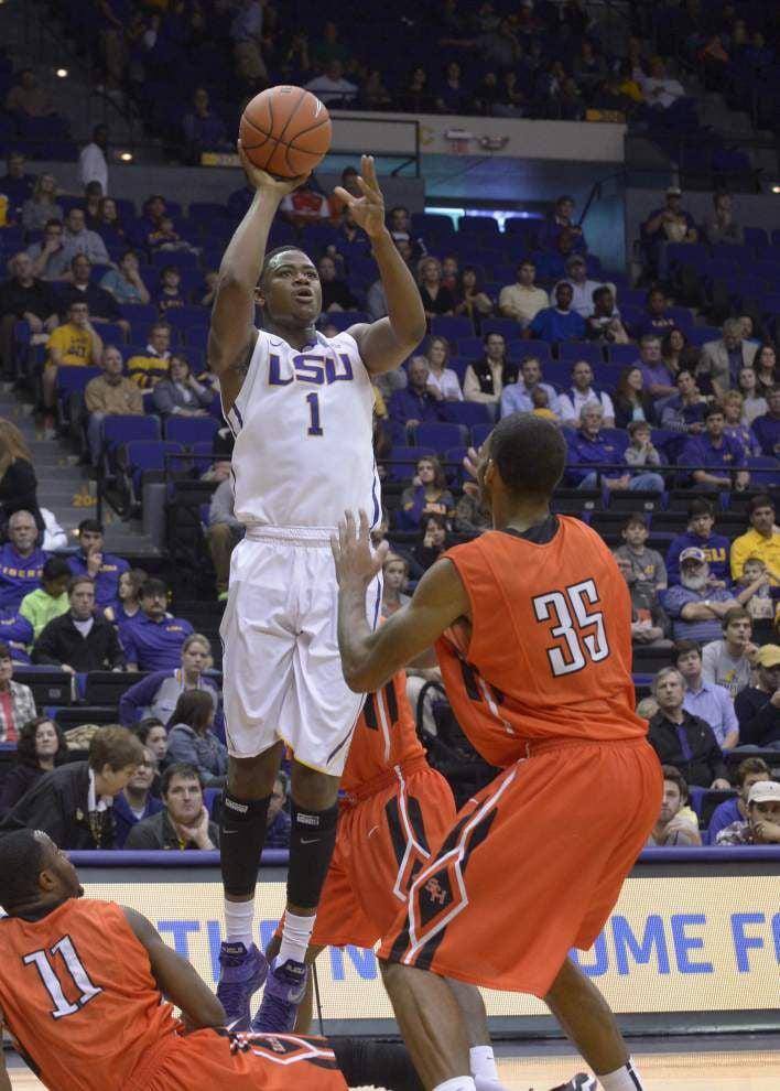 LSU overcomes slow start to handle Sam Houston State _lowres