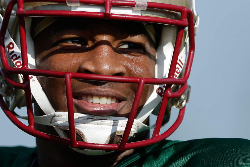 Heisman winner Jameis Winston accused of taking crab legs _lowres