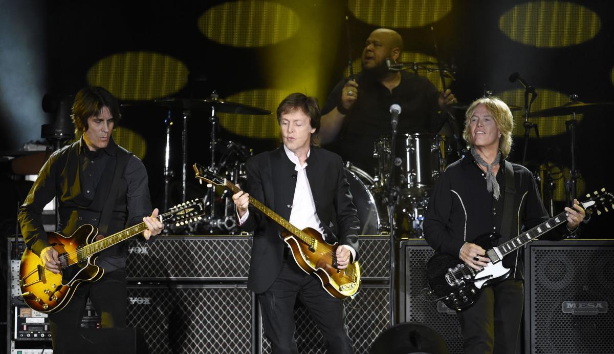 Paul McCartney, Rusty Anderson, Brian Ray, Abe Laboriel Jr.