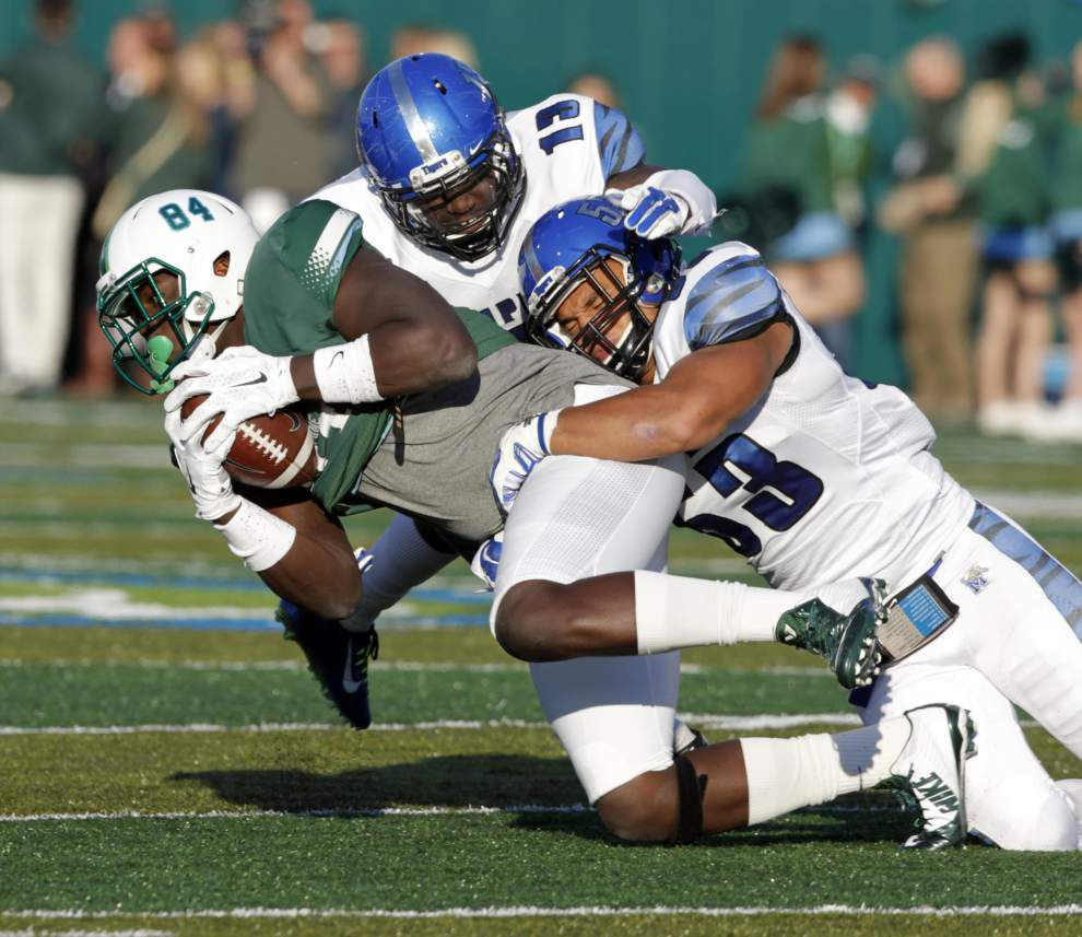 Memphis manhandles Tulane 38-7, ensuring the Green Wave will not become bowl-eligible _lowres