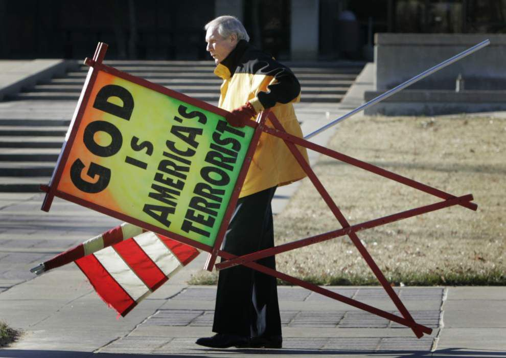 Anti-gay pastor Fred Phelps Sr. of Westboro church dies at 84 _lowres