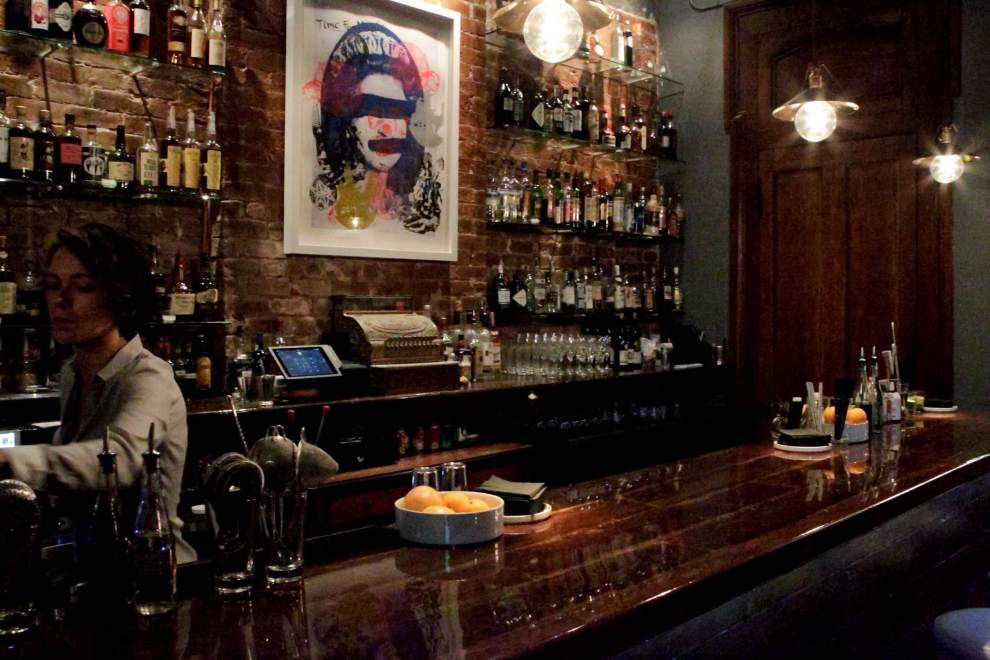 Drink in the classic Old-Fashioned in historic surroundings at CellarDoor _lowres