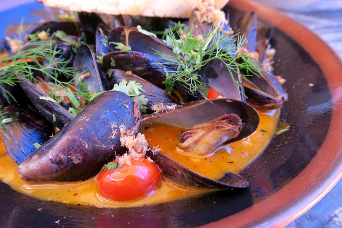 mopho mussels.jpg