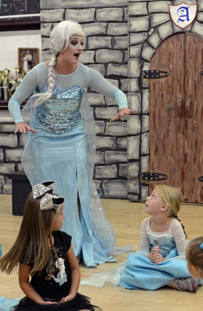 Girls become princesses at 'Frozen' camp _lowres