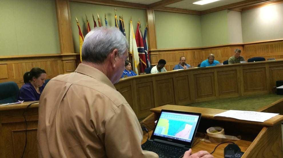 Parish Council finalizing redistrict plan _lowres