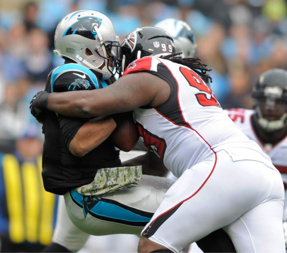 Falcons clip Panthers _lowres