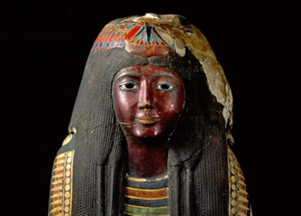 Feds end effort to reclaim mummy mask for Egypt _lowres