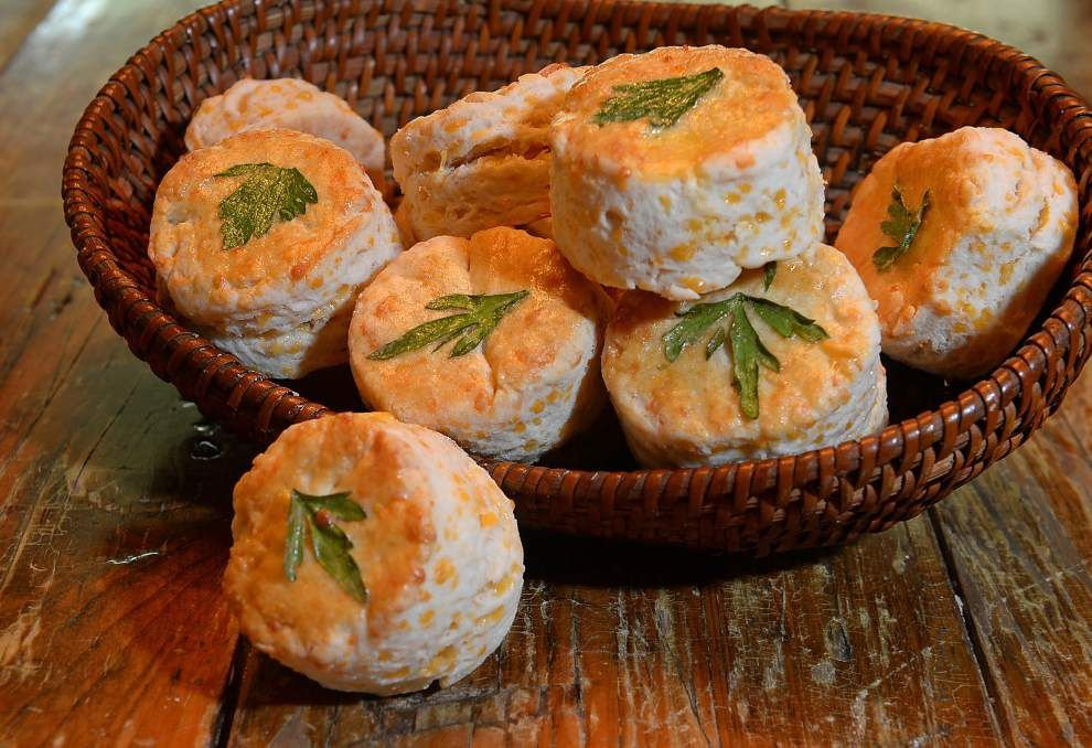Buttery Cheese Biscuits _lowres
