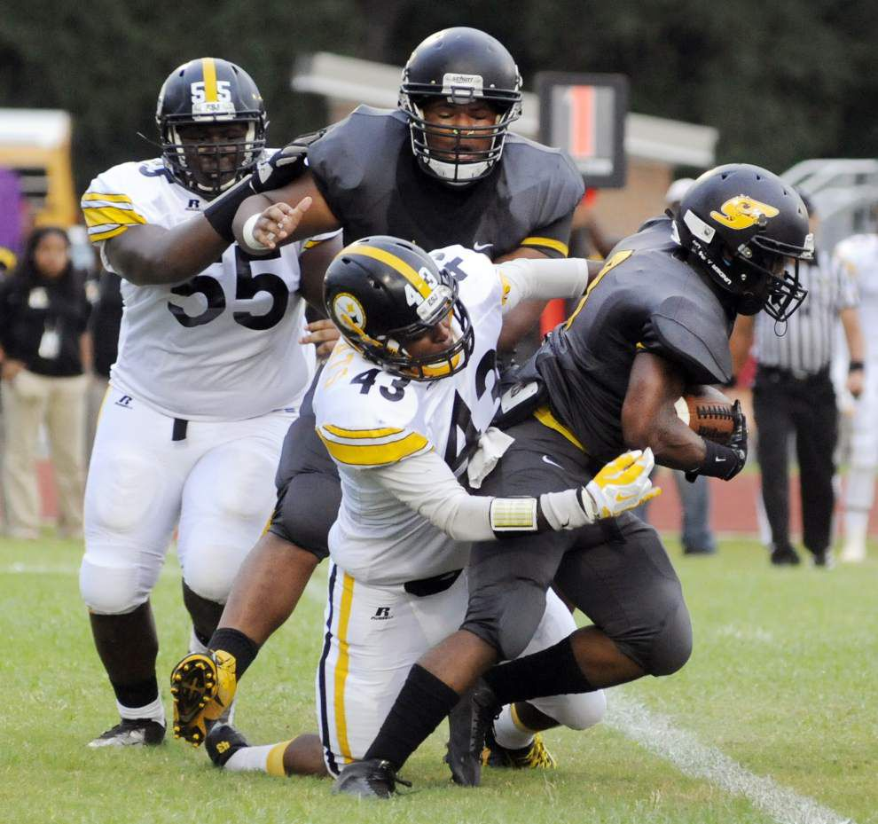 East St. John hangs on for victory against Scotlandville _lowres