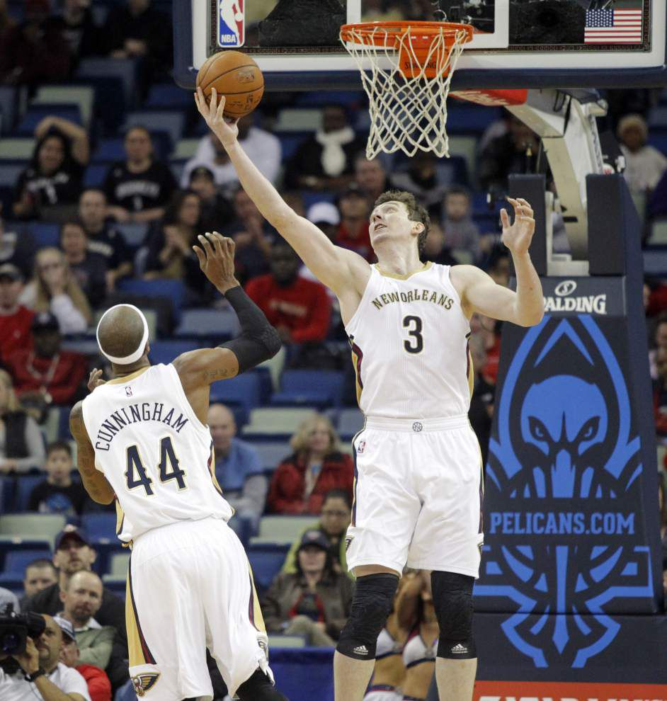 Pelicans big men Omer Asik, Alexis Ajinca help fill the big void left by Anthony Davis _lowres