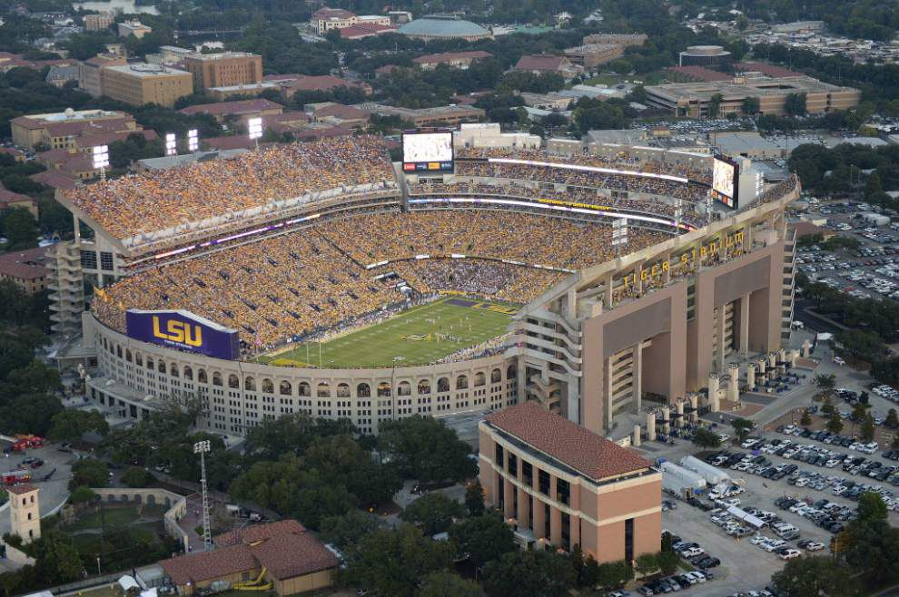 Report: LSU police nab nine accused of trespassing in Tiger Stadium over weekend; one tries to run away _lowres