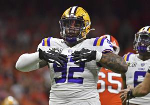 Report: LSU's Neil Farrell becomes first Tiger to decide to opt out of football season