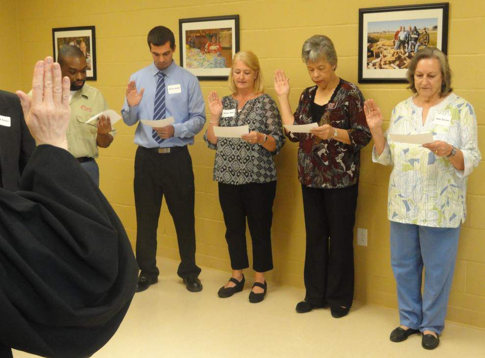 Options board members sworn in for 2014-2015 _lowres