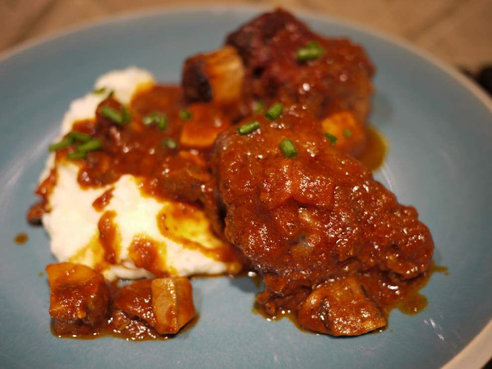 Braised Beef Short Ribs With Sour Cream Mashed Potatoes _lowres