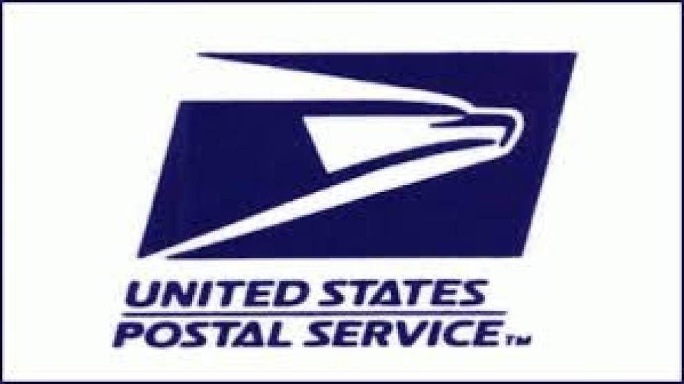 Union protests postal counters in Staples stores _lowres