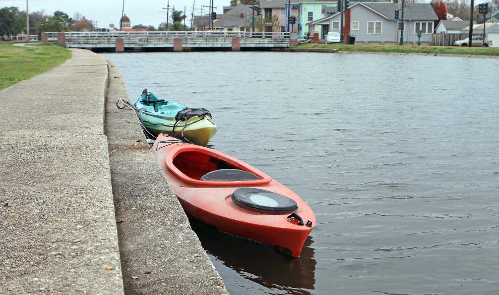 City of New Orleans to begin issuing citations for boats tied to banks of Bayou St. John _lowres