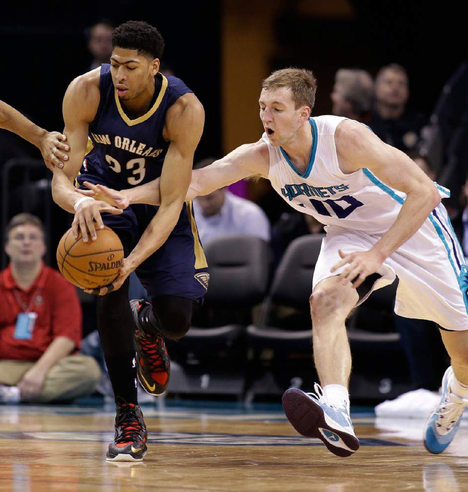 Pelicans forward Anthony Davis leads Western Conference frontcourt players in All-Star voting _lowres