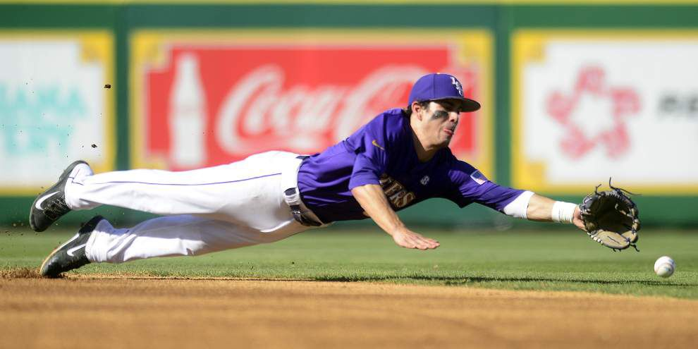 Video: Mainieri praises LSU's pitching in 3-0 win against Yale _lowres
