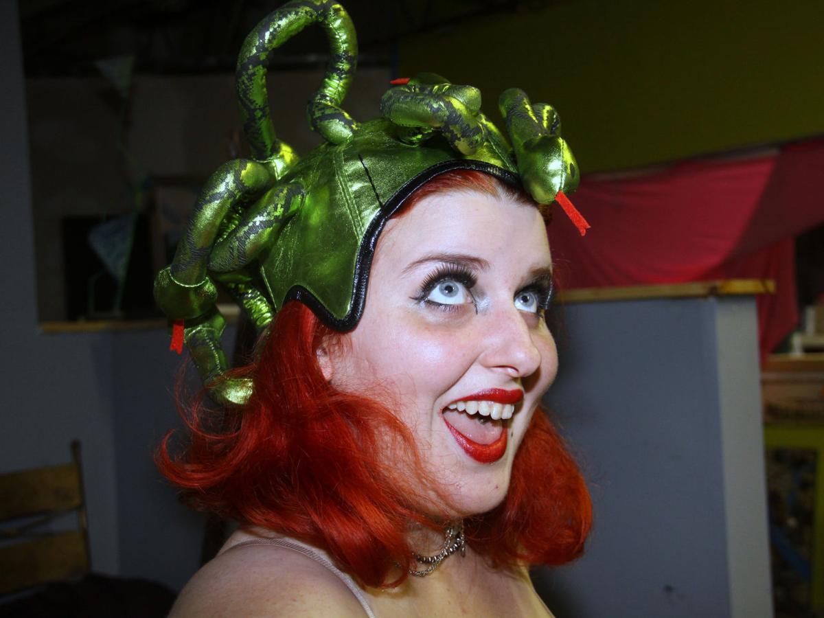 deus machina burlesque from gods tickets