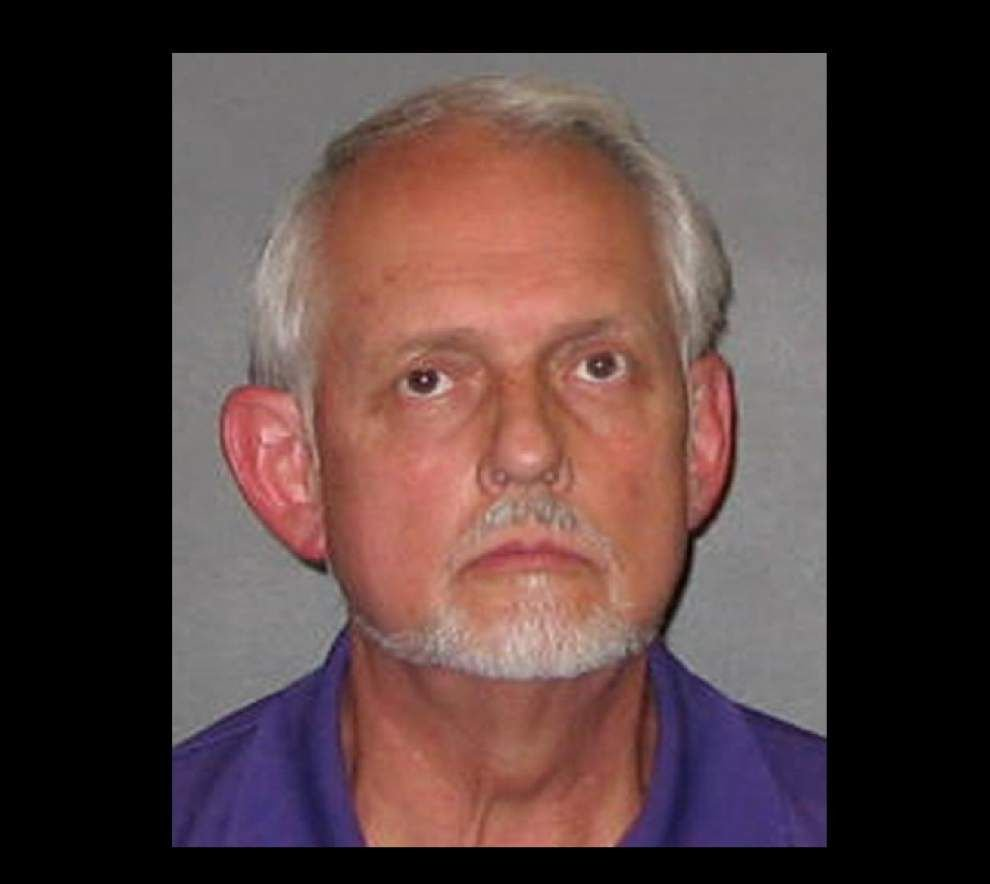 Doctor admits to illegal touching of female patient at clinic in Baton Rouge, surrenders medical license _lowres