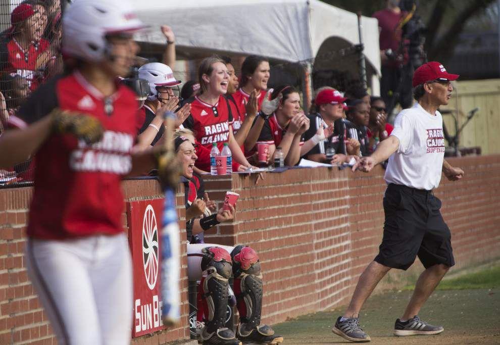 UL-Lafayette works way to SBC softball sweep _lowres