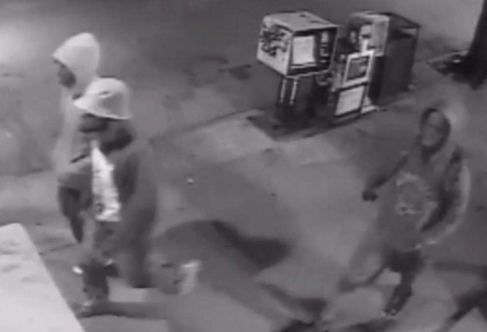 More video, photos obtained of suspects in string of armed robberies _lowres