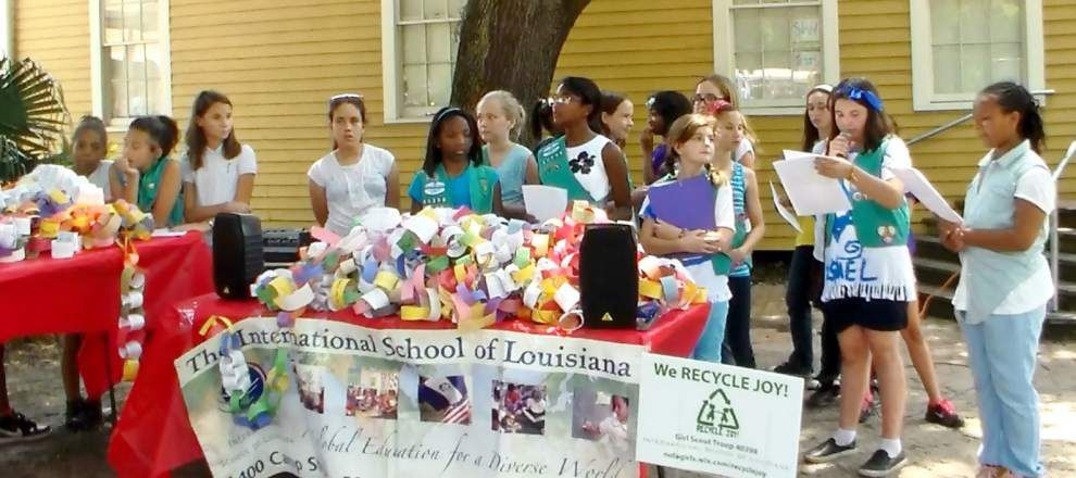 New Orleans Junior Girl Scouts build kindness network with Recycle Joy _lowres
