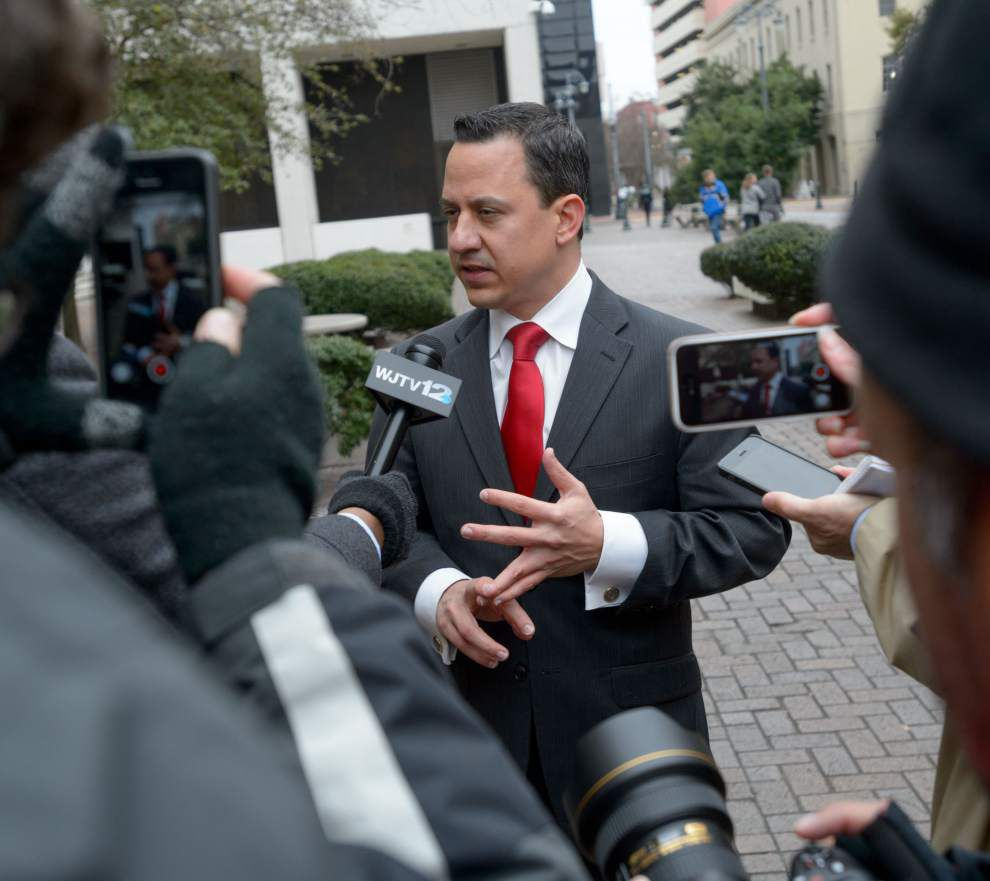 Federal court hearing gives hope to foes of La. ban on gay marriages _lowres