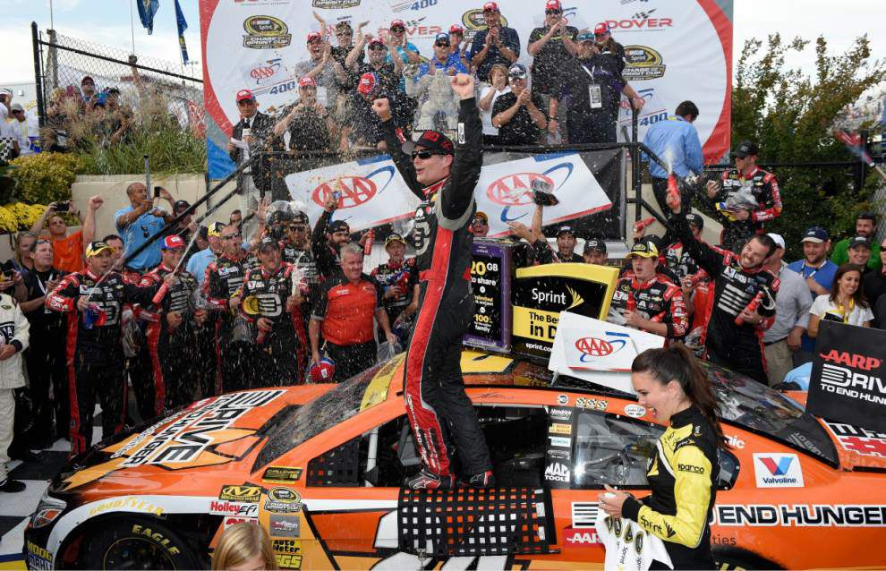 Jeff Gordon wins at Dover in Chase elimination race _lowres