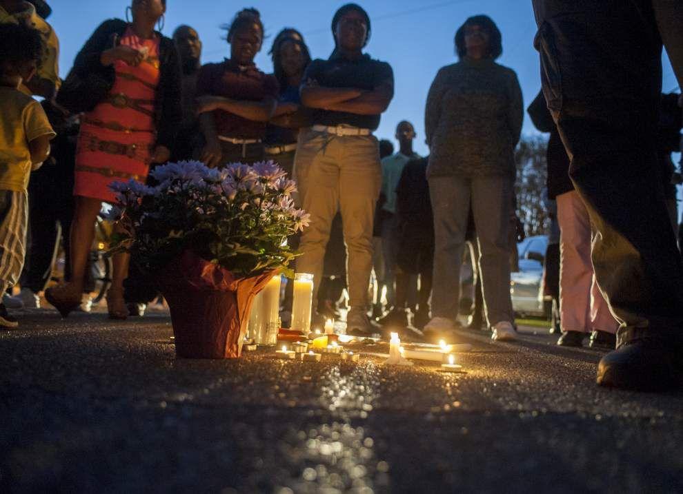 Photos: Chrisentary memorial _lowres