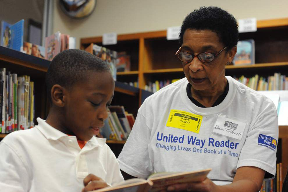 Training starts for Lafayette volunteers who help children improve reading skills _lowres