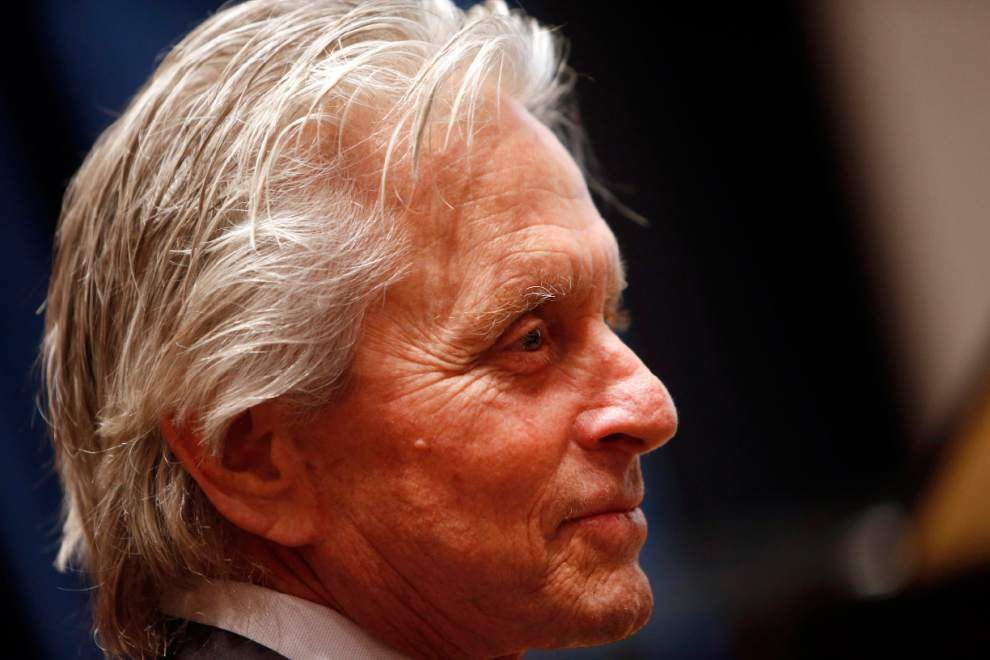 Israel awards actor Michael Douglas $1 million prize _lowres