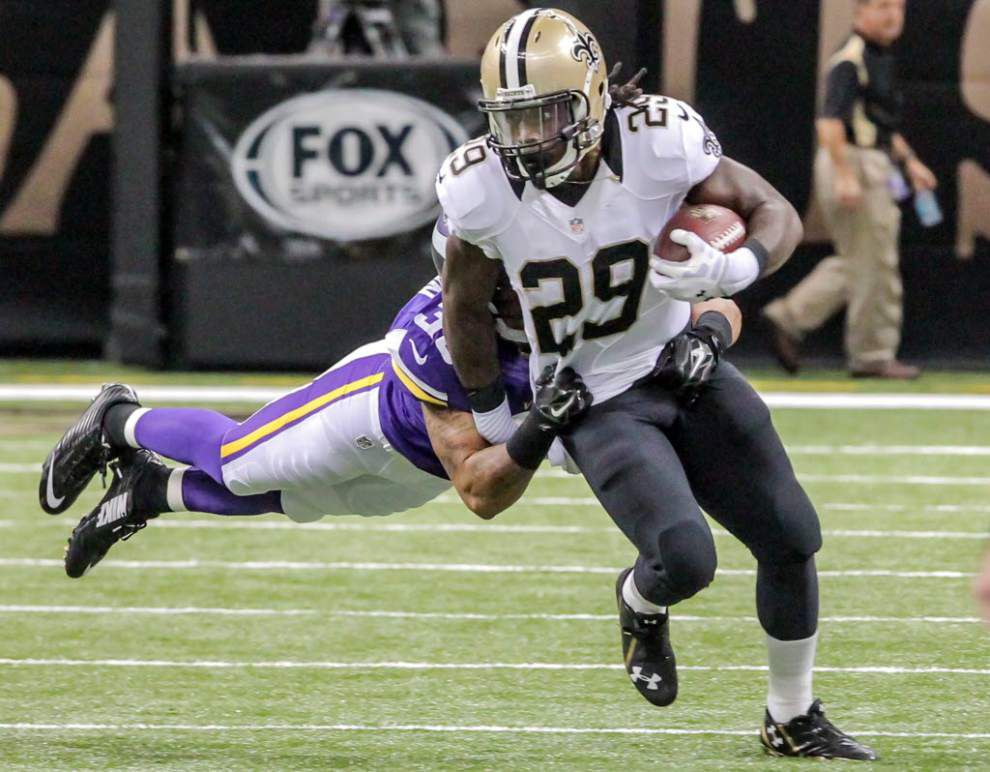 Running back Khiry Robinson heads the list of Saints with limited action in Wednesday's practice _lowres