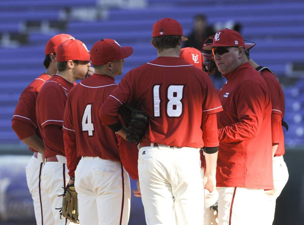 Alabama gets past Ragin' Cajuns with late rally in series opener _lowres