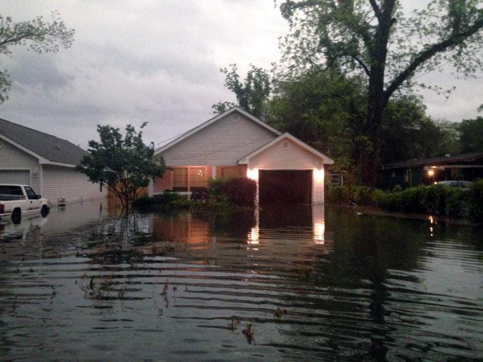 Alabama Gulf Coast, Florida Panhandle hit hard by flooding _lowres