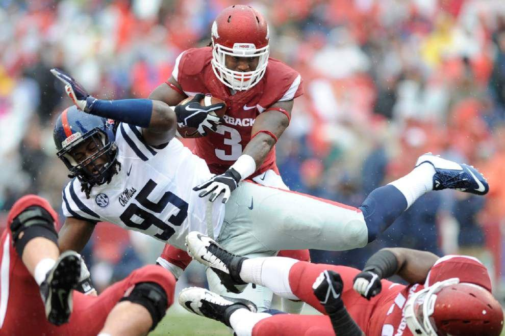 Arkansas defeats Ole Miss 30-0 for second straight SEC shutout _lowres