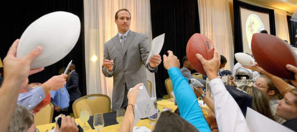 Prayers go up for Saints at Touchdown Club luncheon _lowres