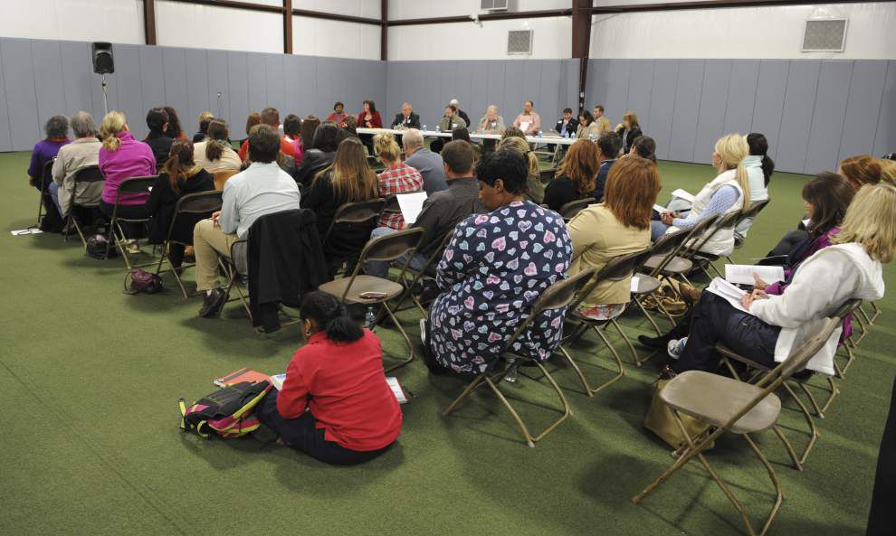 Lafayette parents vent frustrations over Common Core tests _lowres