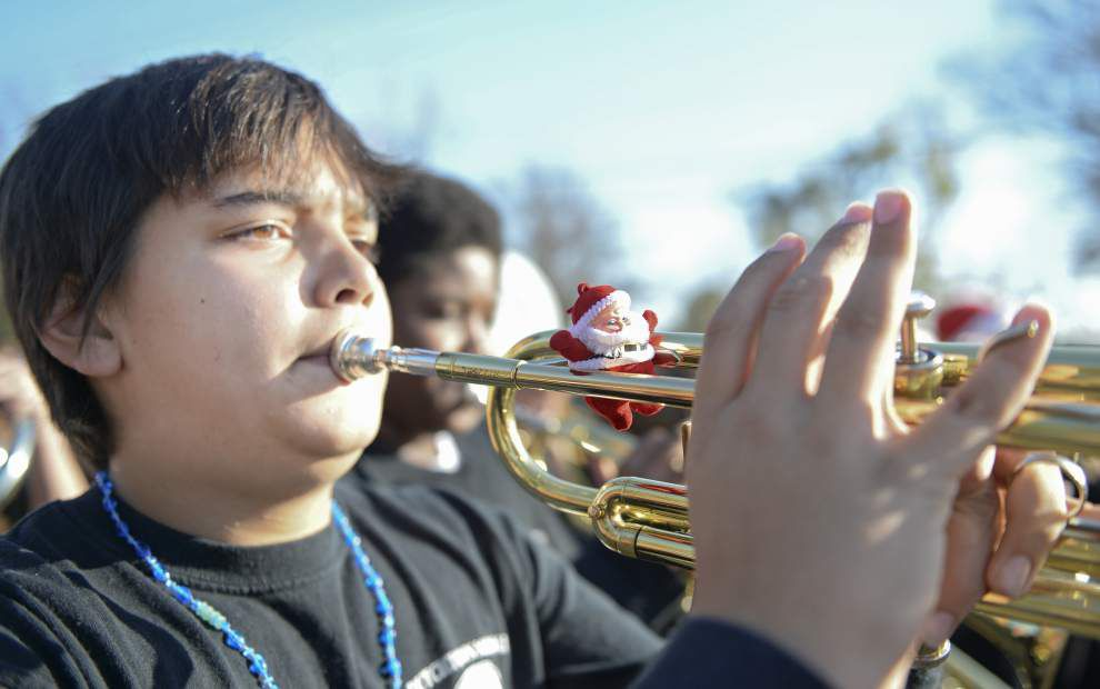 Tommy Martinez leads Christmas parade _lowres
