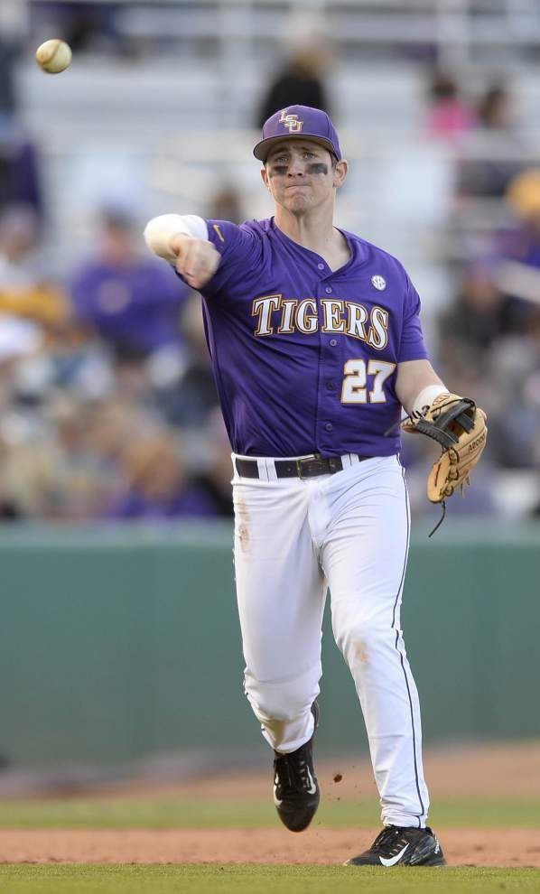 LSU baseball coach Paul Mainieri still concerned about defensive play at third base _lowres
