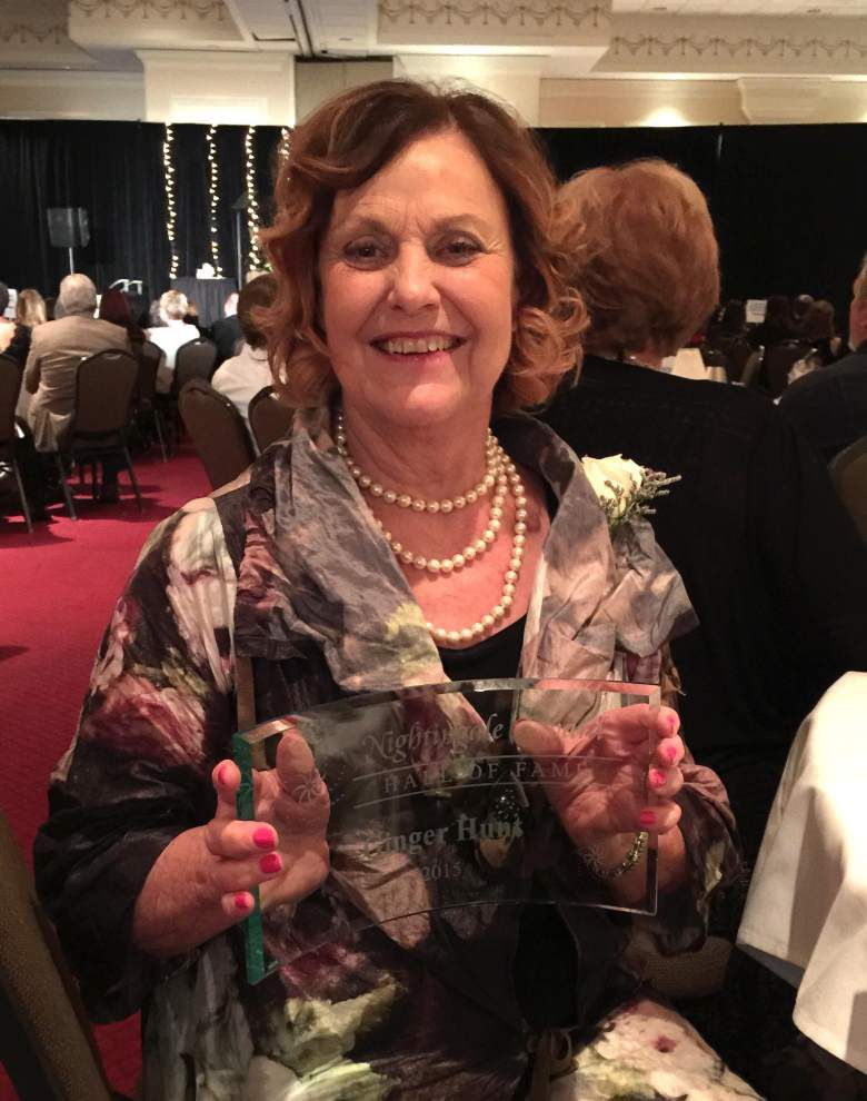 Hunt inducted into Nurses Hall of Fame _lowres