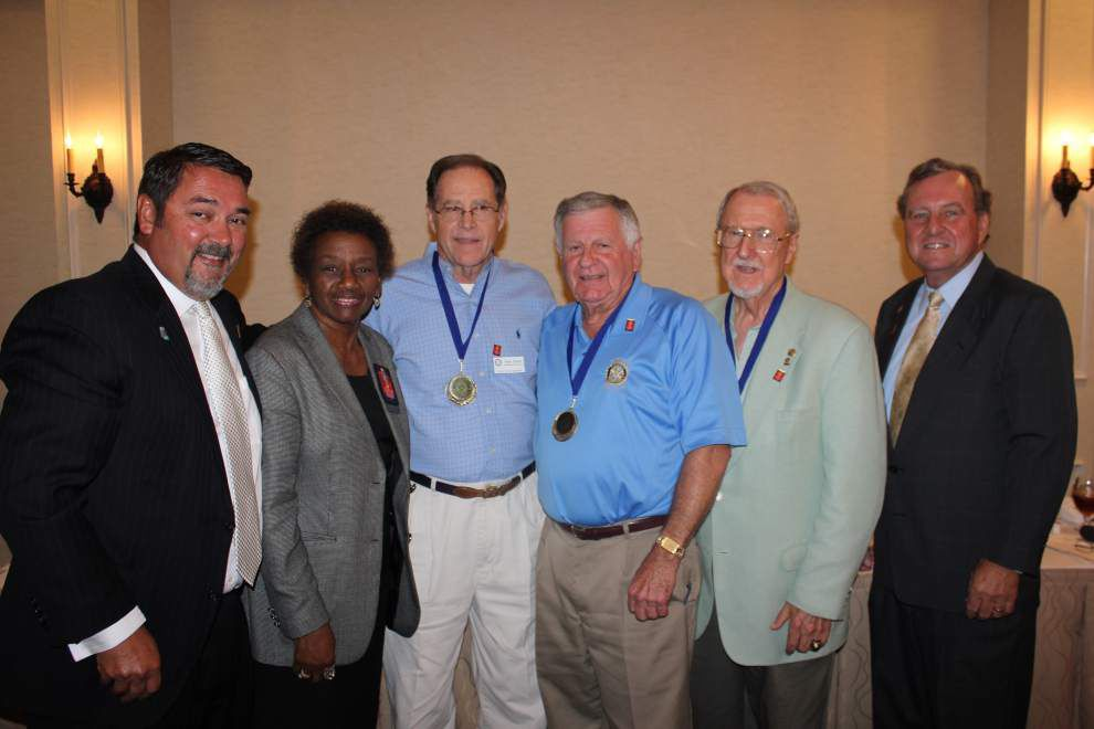 District governor praises Gonzales Rotarians _lowres