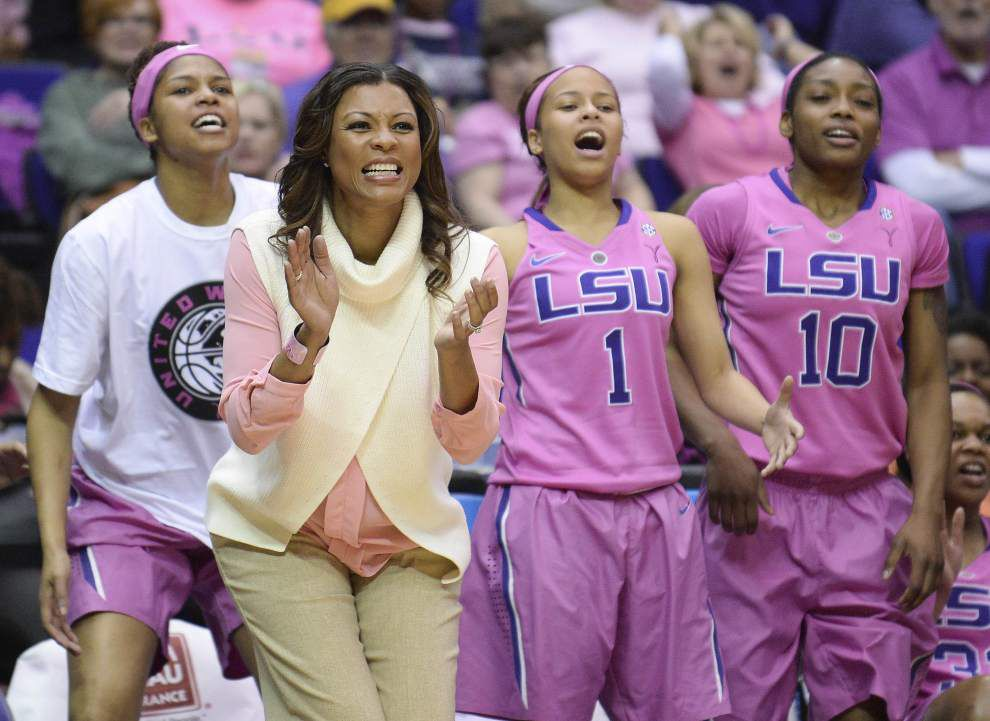 Raigyne Moncrief and Danielle Ballard lead Lady Tigers over Georgia _lowres