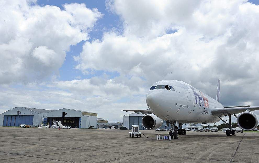 Acadiana Regional Airport in Iberia Parish may add service to Houston _lowres