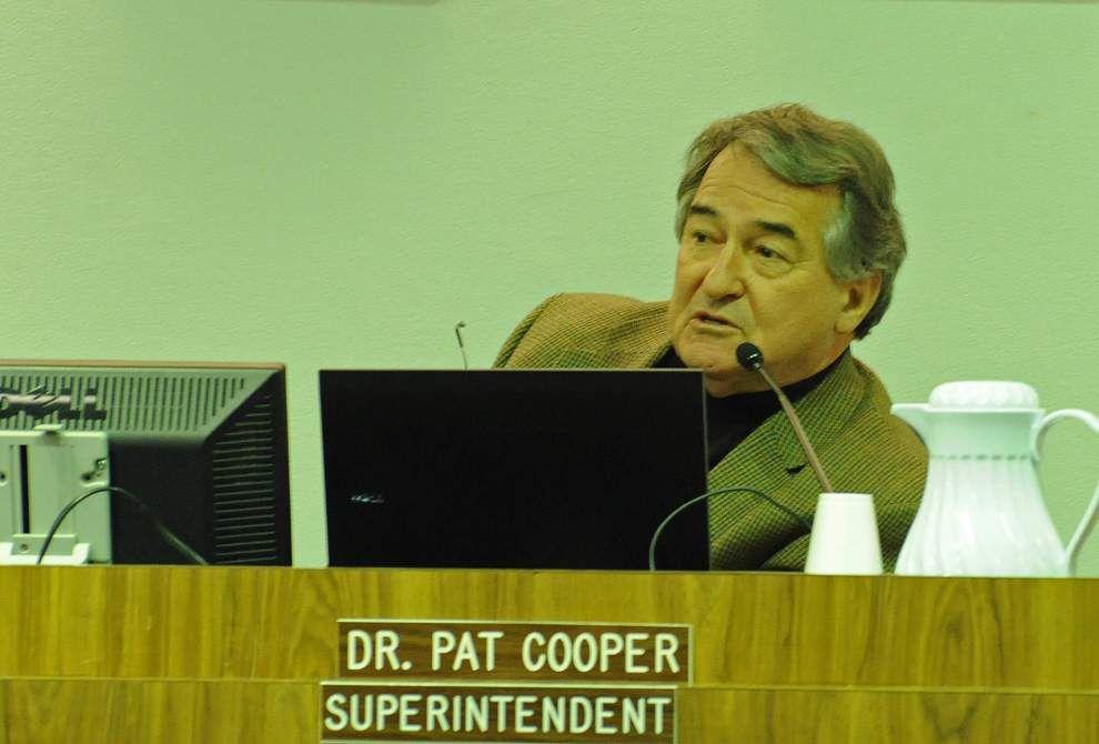 Cooper informs School Board of funding options in weekend memo _lowres