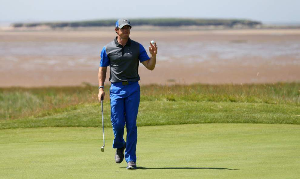 Rory McIlroy takes early lead at British Open _lowres