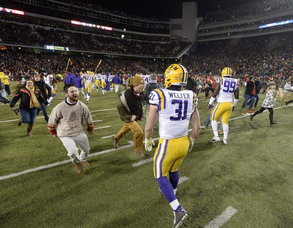 Photos: LSU travels to Arkansas _lowres