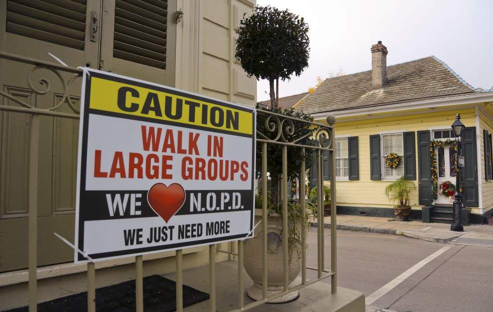 French Quarter signs attest to jitters over violent crime _lowres